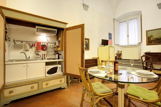 The kitchenette, equipped for four people